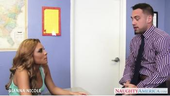 Sexy Office Babe Gianna Nicole Baise