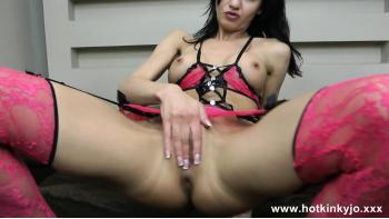 Kinky Babe Gets Anal Fisting